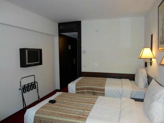 Ramada Iasi City Center: room