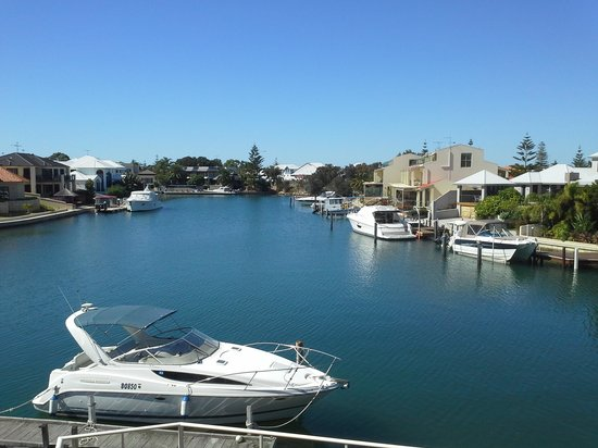 Port Mandurah Canals B&B: Great view from the B&B