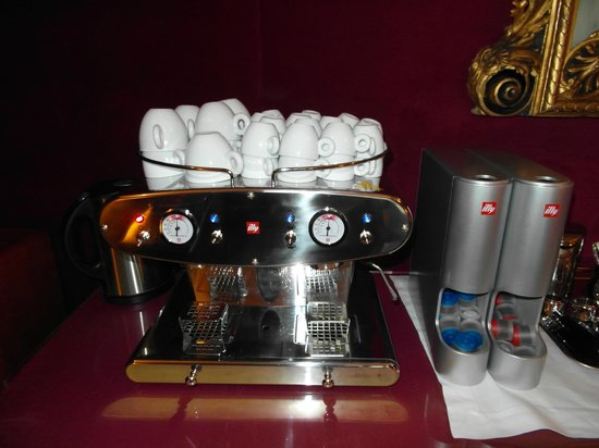 1865 Residenza d'epoca: Automatic Coffe machine always available