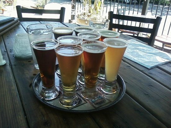 Solvang Brewing Company: Our Sample Tray