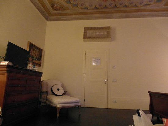 1865 Residenza d'epoca: Henry James Suite sitting area