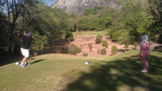 Royal Hua Hin Golf Club : Short down and up Par 3. Dont drop short, rolls down a long way on the dry fairways at the momen