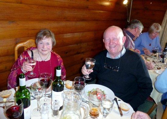 The Glenforsa Hotel Mull: Some of our party enjoying dinner