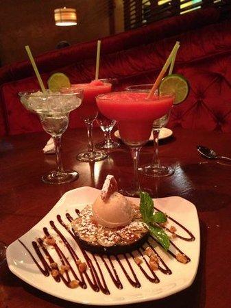 El Vez Restaurant: Dessert and margaritas at El Vez