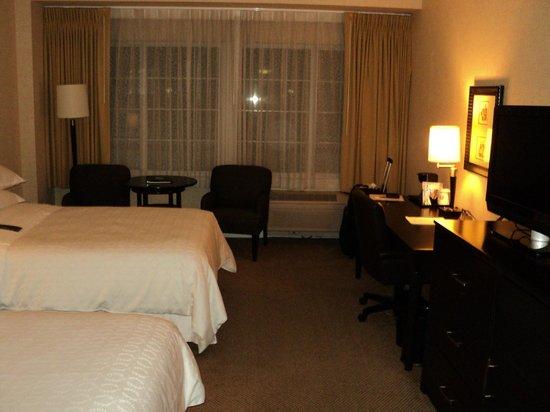 Sheraton Sonoma County - Petaluma: Nice room