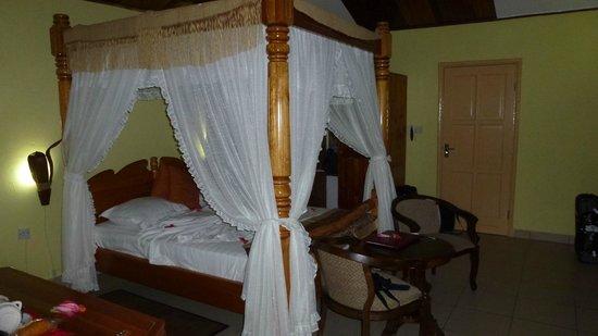 Patatran Village: The room