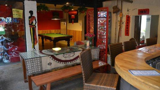 Wada Hostel: Billard