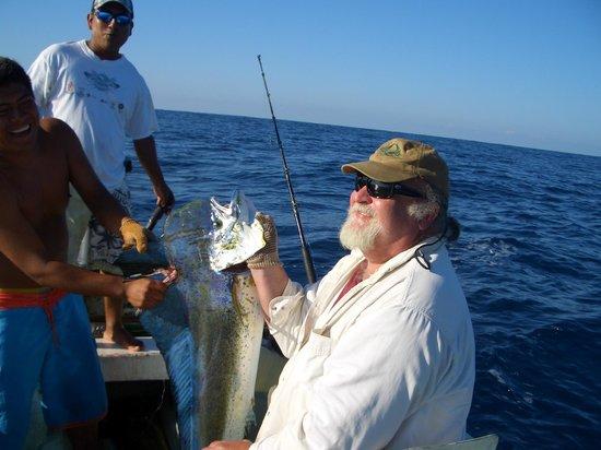 Puerto Escondido Fishing : Big V with a nice Mahi