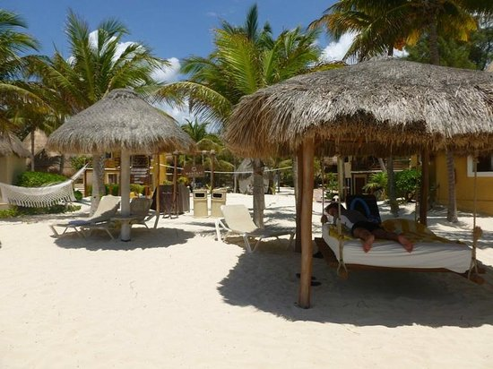 Mahekal Beach Resort: In spiaggia
