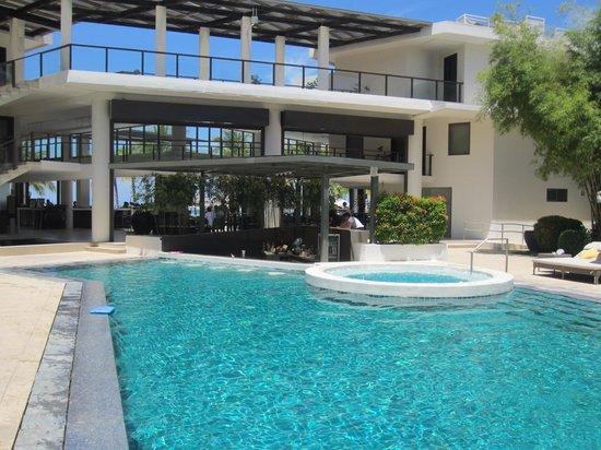 Discovery Shores Boracay: Pool