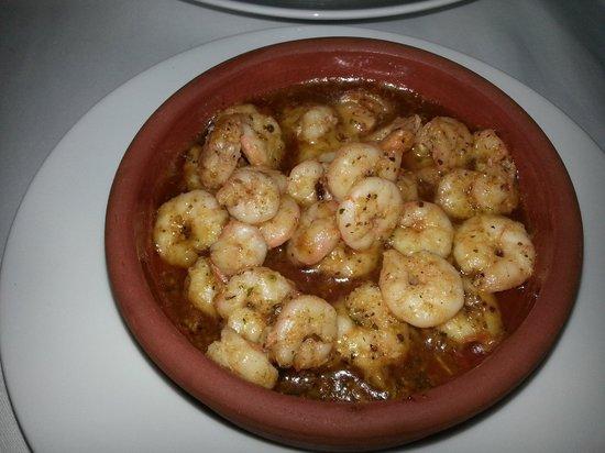Hayta Meyhane Restaurant: delicious prawns in garlic and butter