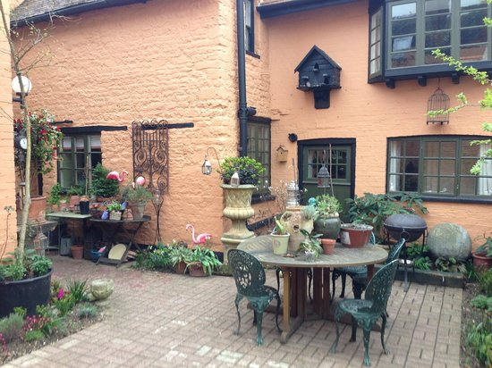 The Old House: Court Yard