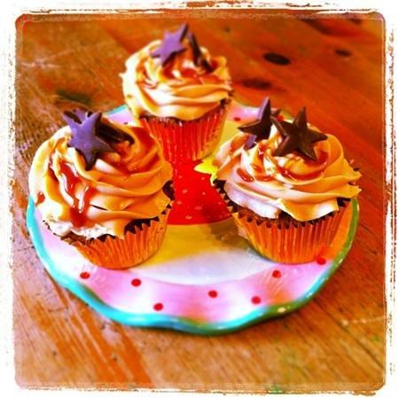 Cafe Arriba : amazing salted caramel cupcakes