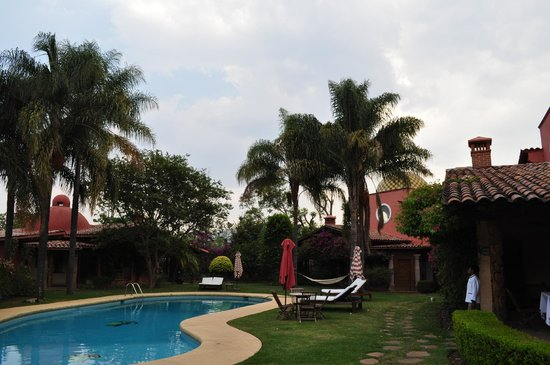 Las Cupulas Pequeno Gran Hotel: Pool area