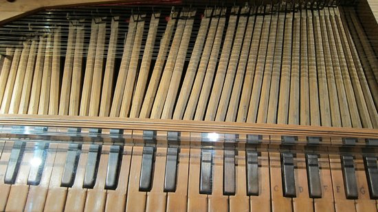 San Colombano - Tagliavini Collection: Strumento a tastiera