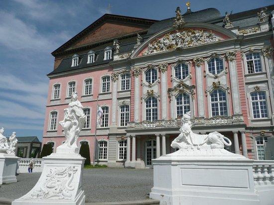 Kurfürstliches Palais: Kurfürstliches Schloss - Trier