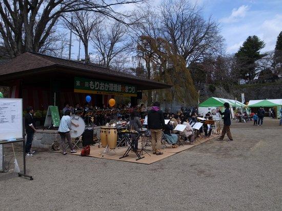 Iwate Park (Koen): ブラスバンド部の演奏。青春です。