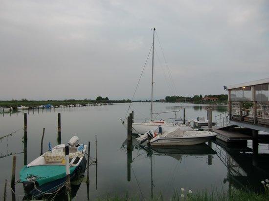 L'approdo Ristorante Bar : Vista sulla laguna