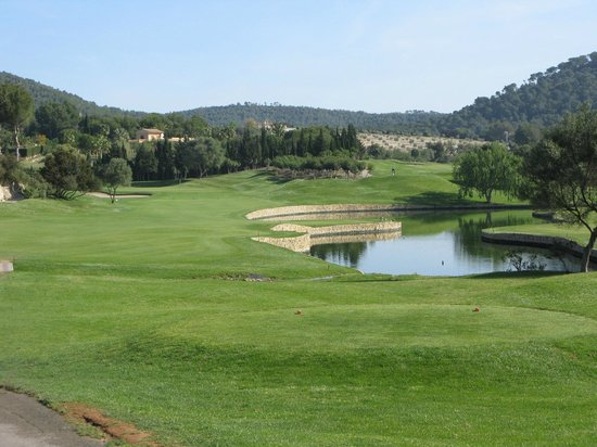Son Servera, Spain: The 5th hole at Pula