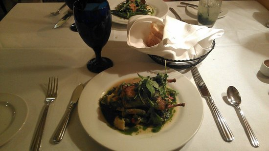 Hamiltons' at First & Main : Quail was the special for the night