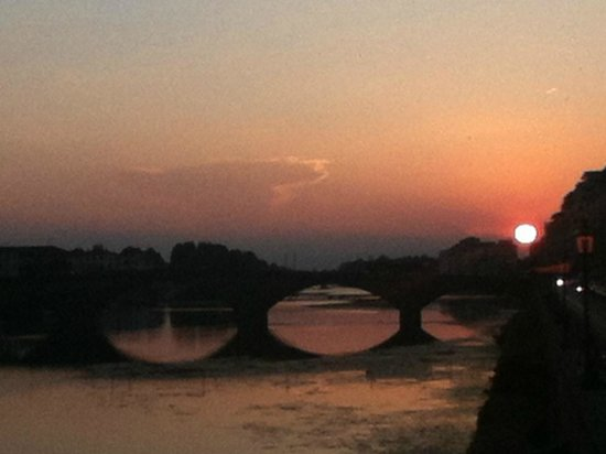Hostel Santa Monaca: this sunset is all worth it