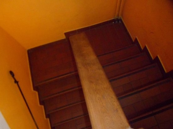 Hostel Santa Monaca: Stairs