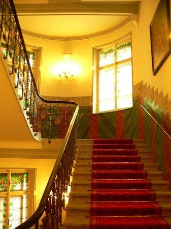 Hotel Paris Prague : Staircase