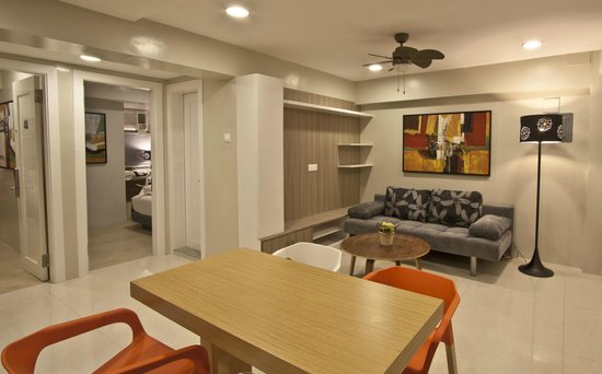 Z Pad Residences: Z Suite Living Room