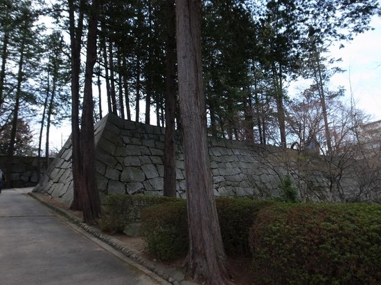 Morioka Castle Ruins: 三の丸瓦門石垣