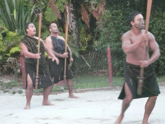 New Zealand Maori Arts and Crafts Institute: The Maori welcome!