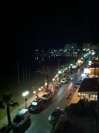 Danaos Hotel: Nea Chora by night