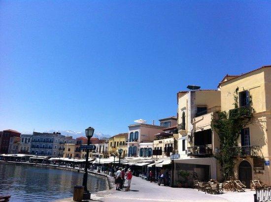 Danaos Hotel: Venetian harbor
