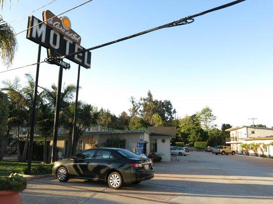 Casa Del Sol Motel: the parking lot