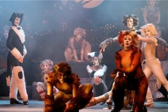New Candlelight Theatre: CATS, 2011