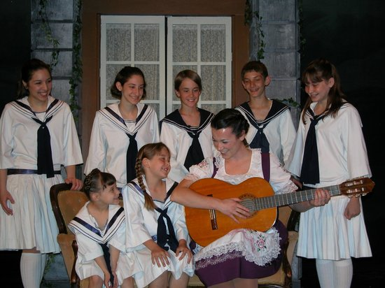 New Candlelight Theatre: Sound Of Music, 2005