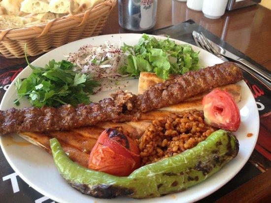 Hunkar Ocakbasi: Adana kebab = fantastic!