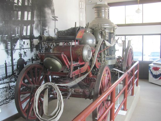 Fort Smith Museum of History: Fire Engine