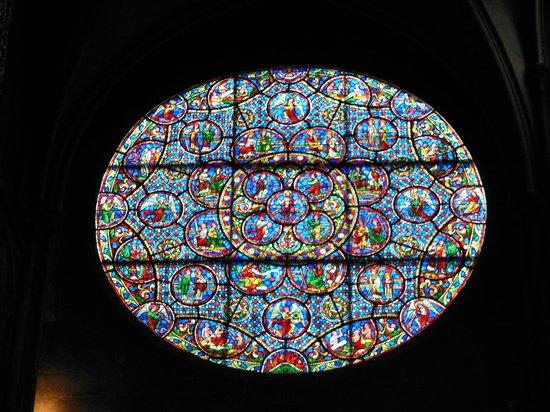 Notre-Dame de Dijon : Vitraux