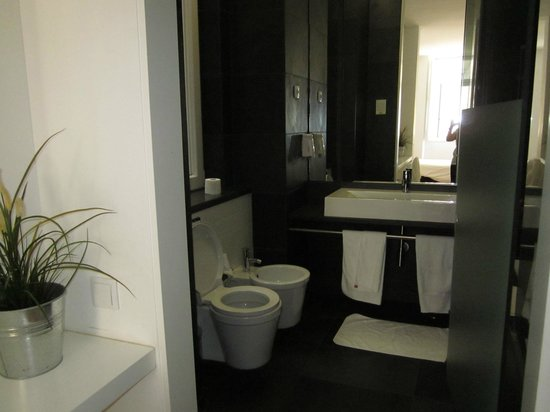 Lisbon Serviced Apartments - Praca do Municipio: salle de bain