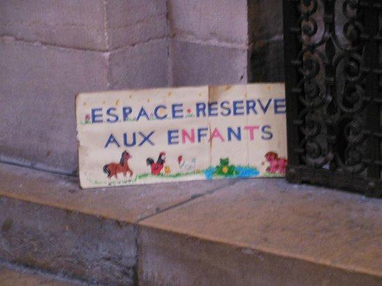 Notre-Dame de Dijon : Espace réservé aux enfants