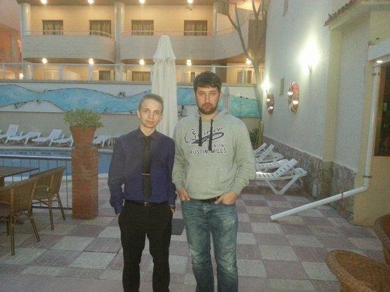 Hotel MoreMar : Я и Дмитрии