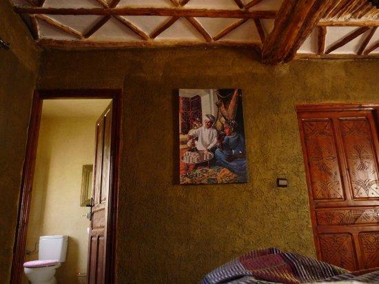 Riad Oussagou : inside the room