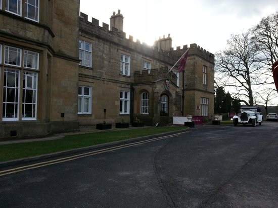 Mercure Blackburn Dunkenhalgh Hotel & Spa: Main Entrance