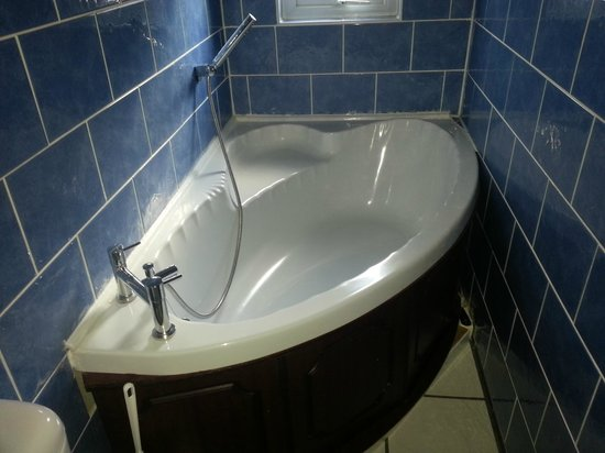 Aparthotel Blackpool: Bathroom