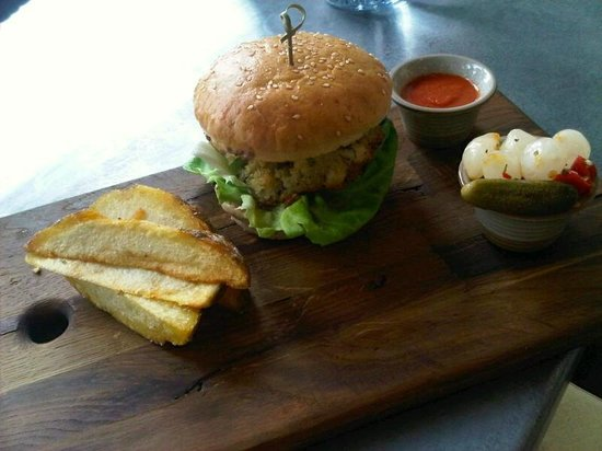 Cucina: Daily special:  Halibut burger