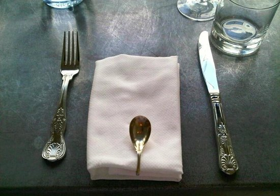 Cucina: Adorable old fashioned cutlery