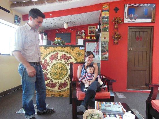 Hostal Wara Wara: Miguel, Viviana and Luciano