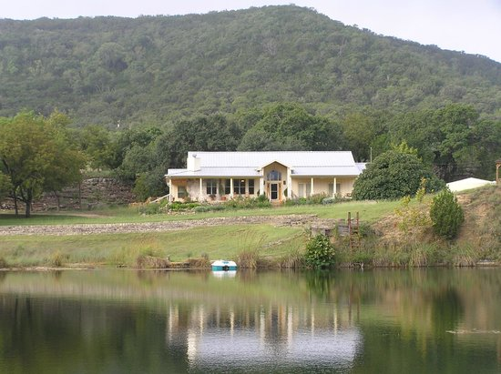 The Fig Preserve: View of the main house