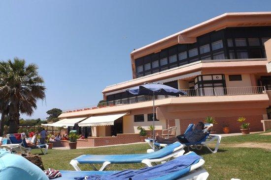 Auramar Beach Resort: one of the resturants