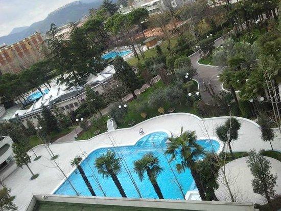 La Residence & Idrokinesis: Piscina Zeus vista dall'alto